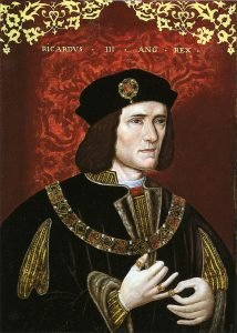 800px-King_Richard_III-214x300